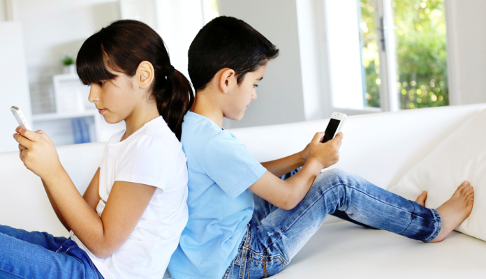 Monitoring Your Child when he is Online